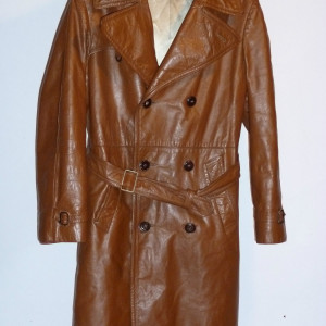 Vintage 1970s Lakeland Cowhide Leather Trench Coat